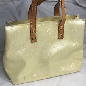 Louis Vuitton Tote verni